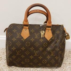 Louis Vuitton Vintage Monogram Speedy 25 Bag